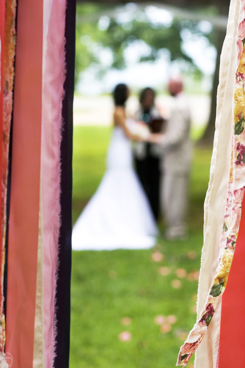 Paula_Combs_PhotoCombs_Overstreet_Wedding_AbstractB